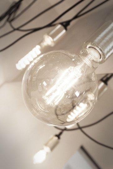 Studio illuminazione per la casa.