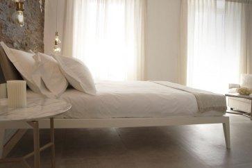 Arredare camere con letti di lusso.