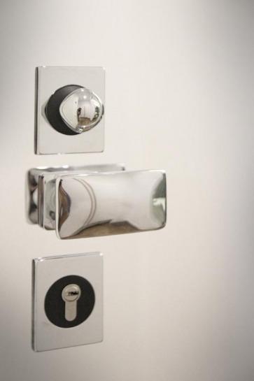 Maniglie design per porta.