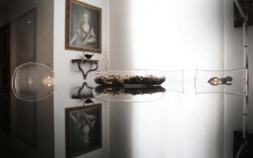 Piano tavolo cristallo verniciato.